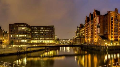 Hamburg: Blick von dem Störtebeker Ufer